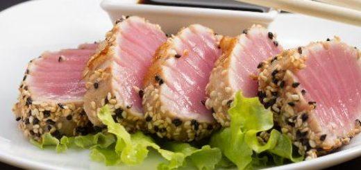 tonno rosso di sicilia con semi e salsa di soia