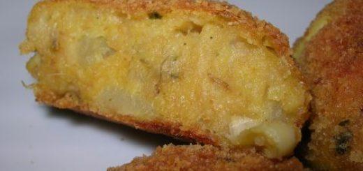 medaglioni di patate con fontina valdostana dop e acciughe