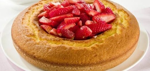 torta allo yogurt e fragole