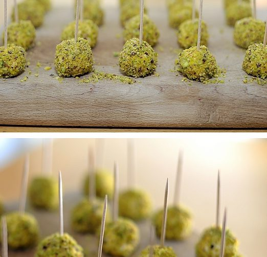 palline di caprini con granella di pistacchi